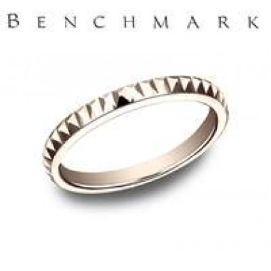 Raised Triangle Band by Benchmark