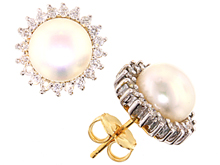 1-24115 Pearl earrings from cjex.net