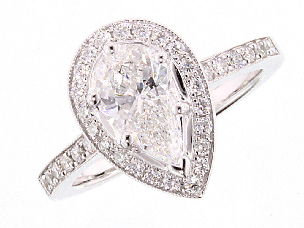 Pear diamond halo ring from cjex.net